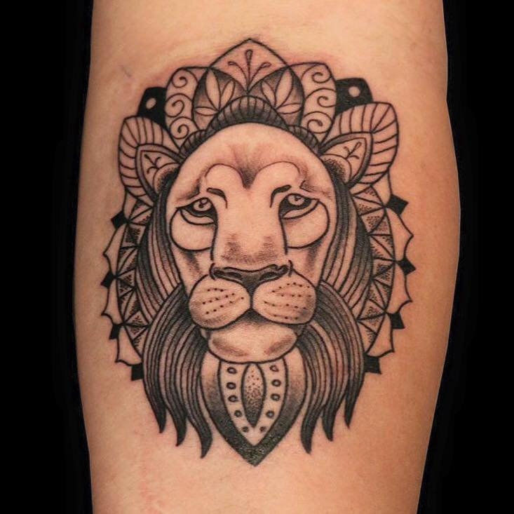 lion-tattoo-by-giles