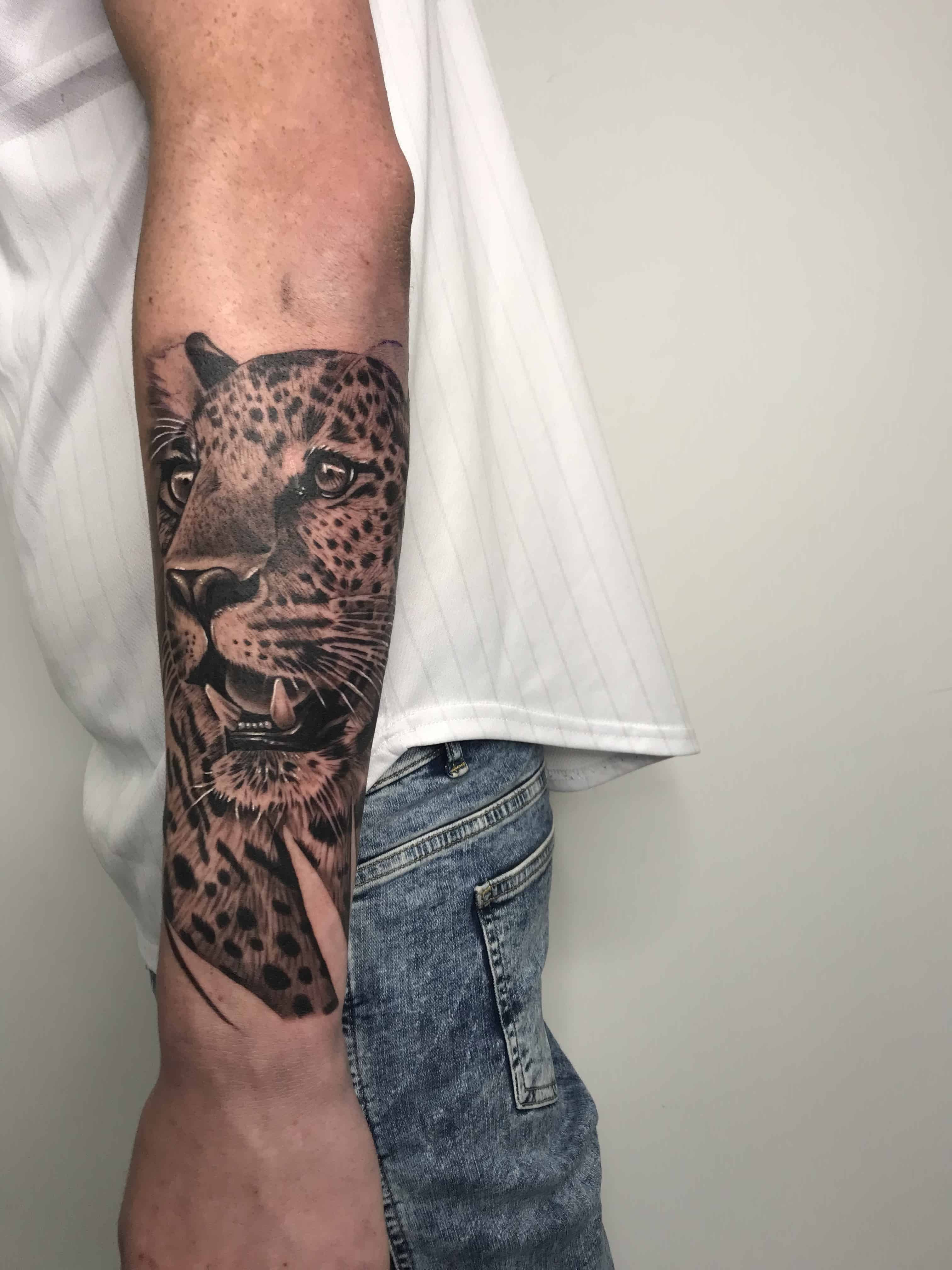 Best of our Realism tattoo's